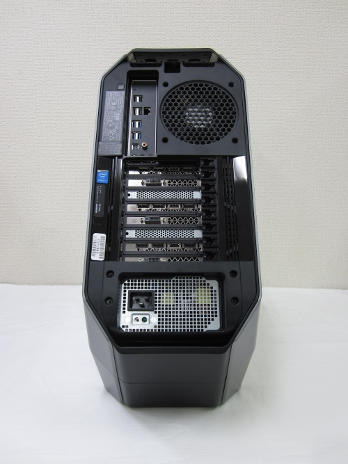 ALIENWARE Area-51の背面